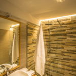 bagno camera wild alpine rooms cervinia